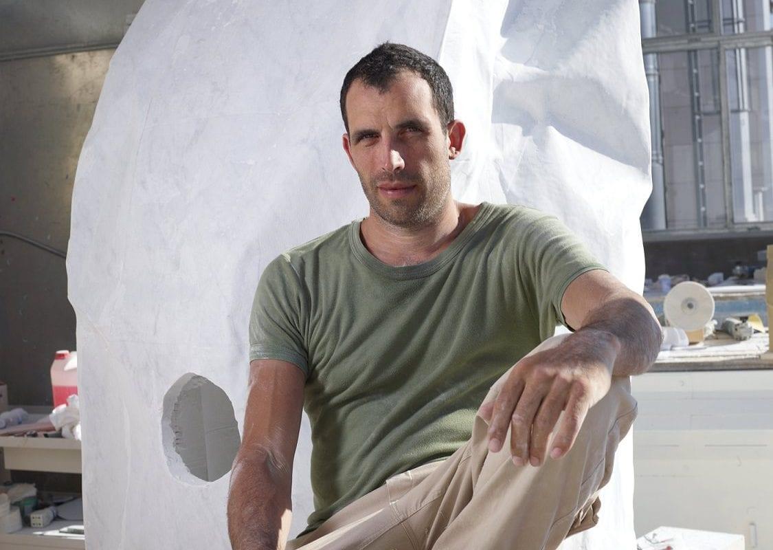 Fabio Viale, emotions in marble