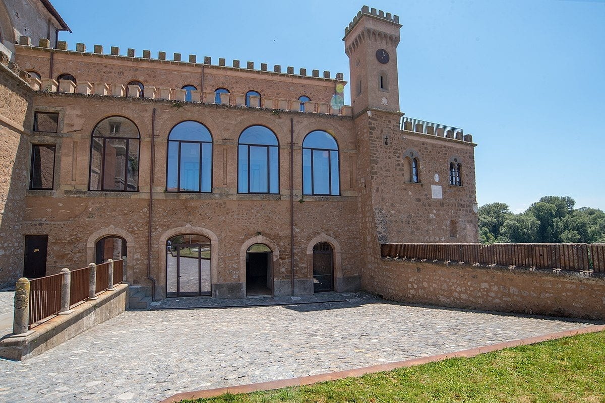 Palazzo Doebbing Museum, 10 exhibitions to celebrate the opening