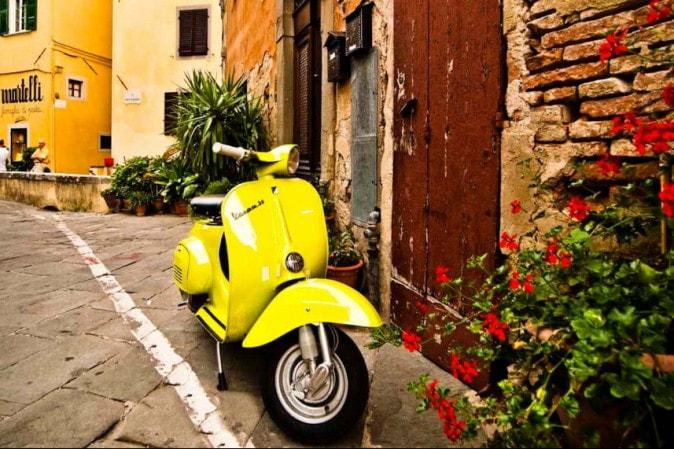 Vespa tours, a unique way to discover Italy