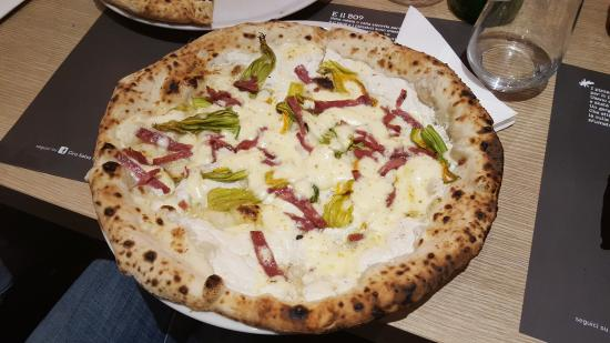 Ciro Salvo's '50 Kalò' won the '50 Top Pizza Europe'