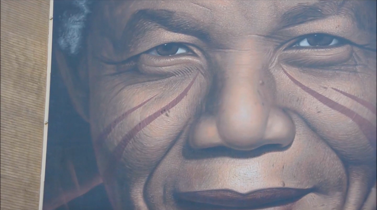 Jorit's Mandela, from mural to documentary
