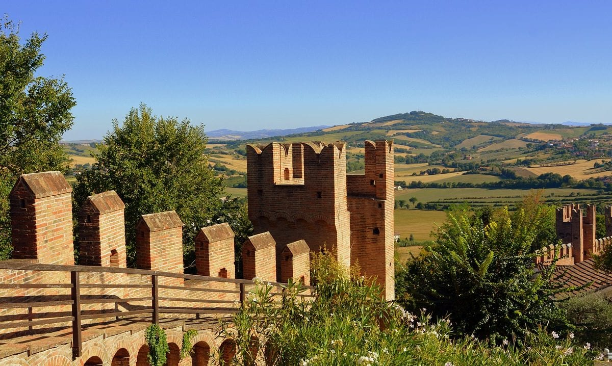 Gradara, the Medieval castle of passionate love