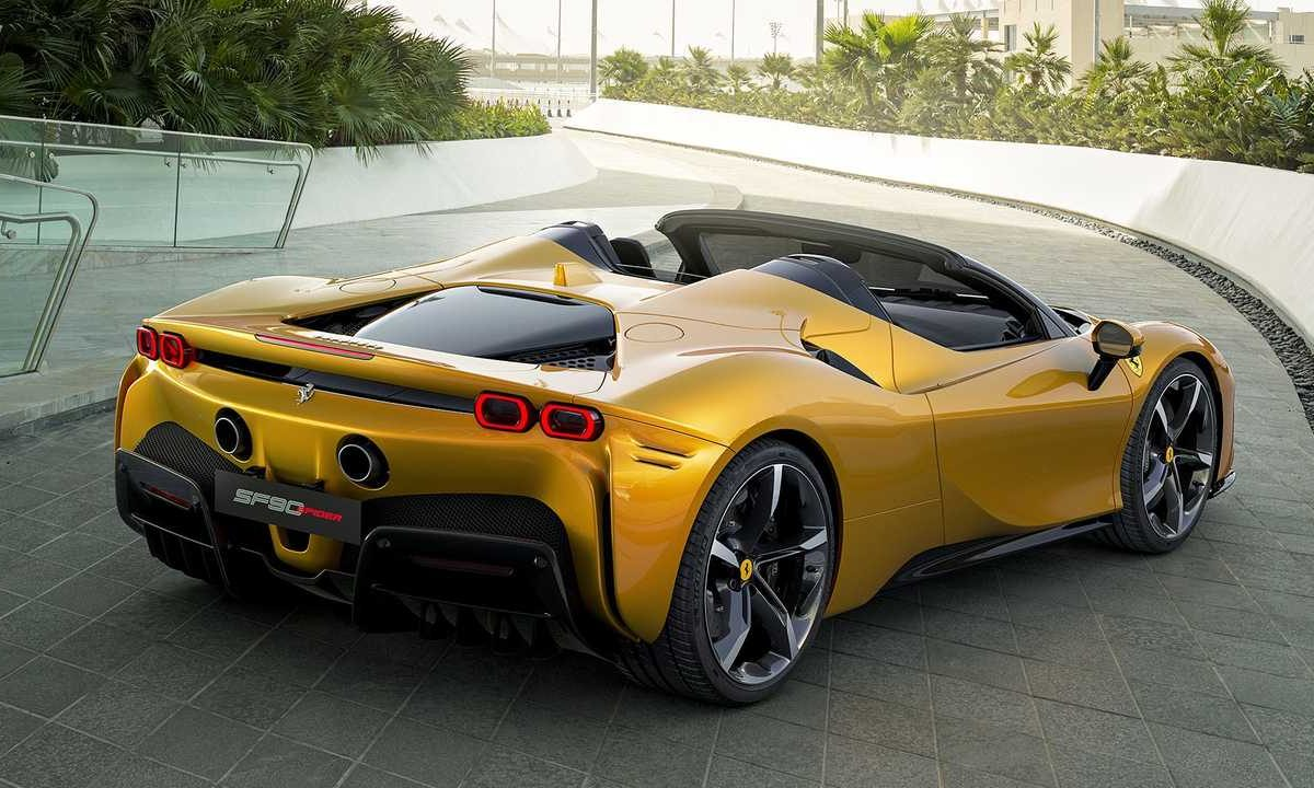 SF90 Spider, Ferrari's first plug-in hybrid spider